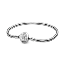 Pandora Moments Glittrande Crown O Ormkedjearmband
